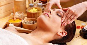 Galvos ir pėdų masažas taikant Shiatsu terapiją